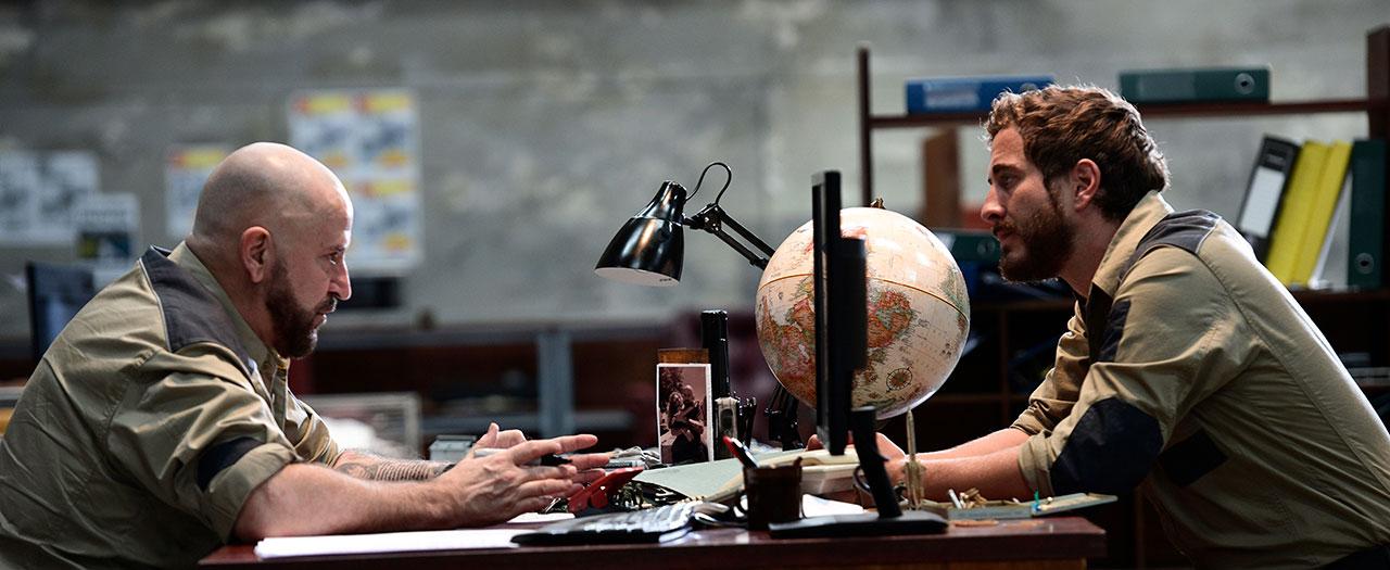 Below Cinefest Oz Review A Stripped Back Pitch Black Sci Fi Farce The Curb