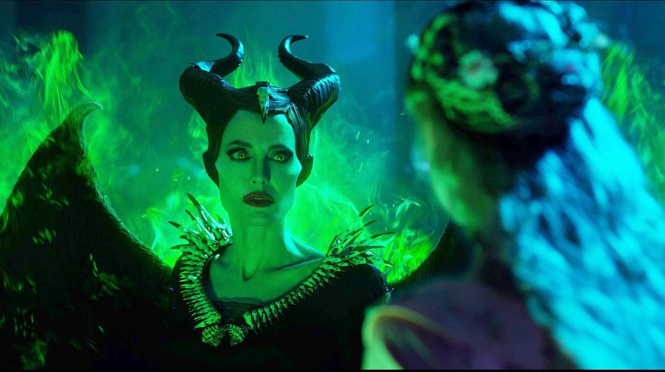 Maleficent Mistress Of Evil Review A Boring And Bland